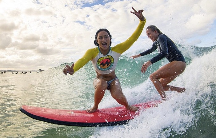 Surfing Friends Laura Enever