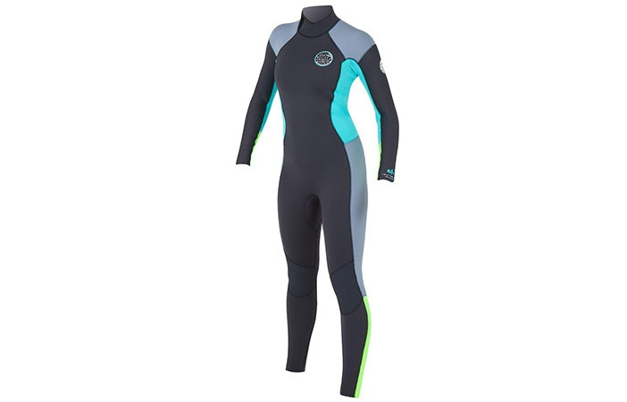 A full body 3mm women's wetsuit is a great choice for UK surfers
