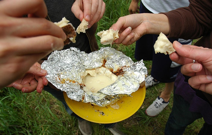 Camping Campfire Recipes Cheese Camembert Fondue