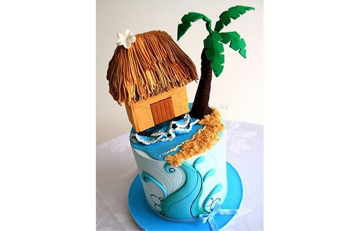 Surfing Cake 3 Bella Cupcakes
