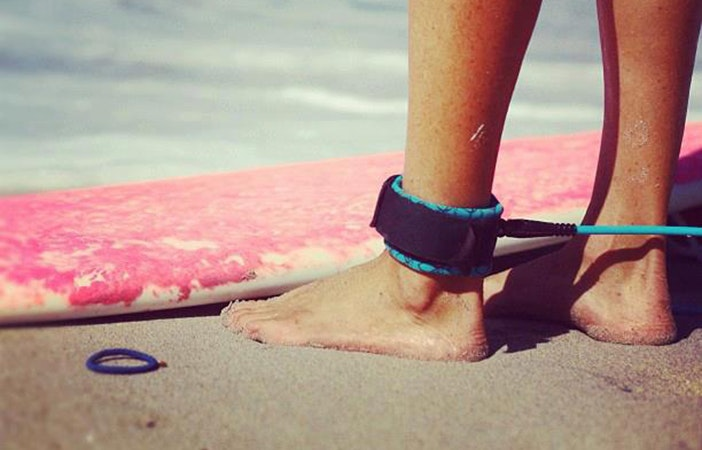 Surfing Couples Relationship Leash