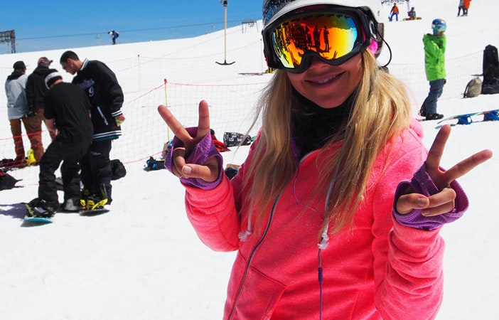 Girlie Camps Snowboarding Laax