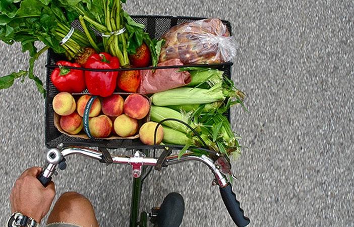 Local-Organic-Food-Bicycle-680x436.jpg Local-Organic-Food-Bicycle
