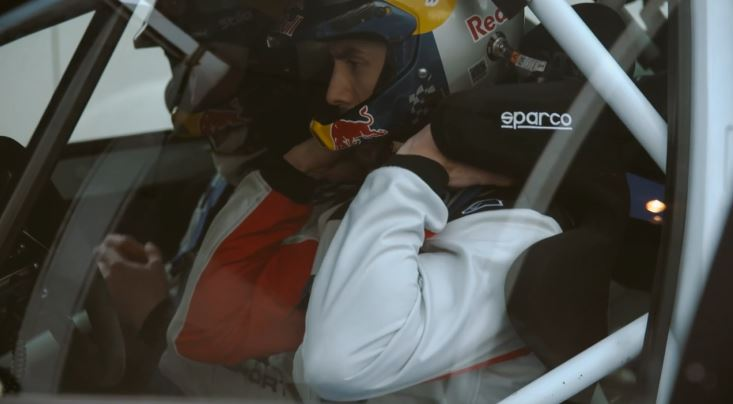Photo: Screenshot - 'Gee Atherton and Elfyn Evans' / Red Bull Media House