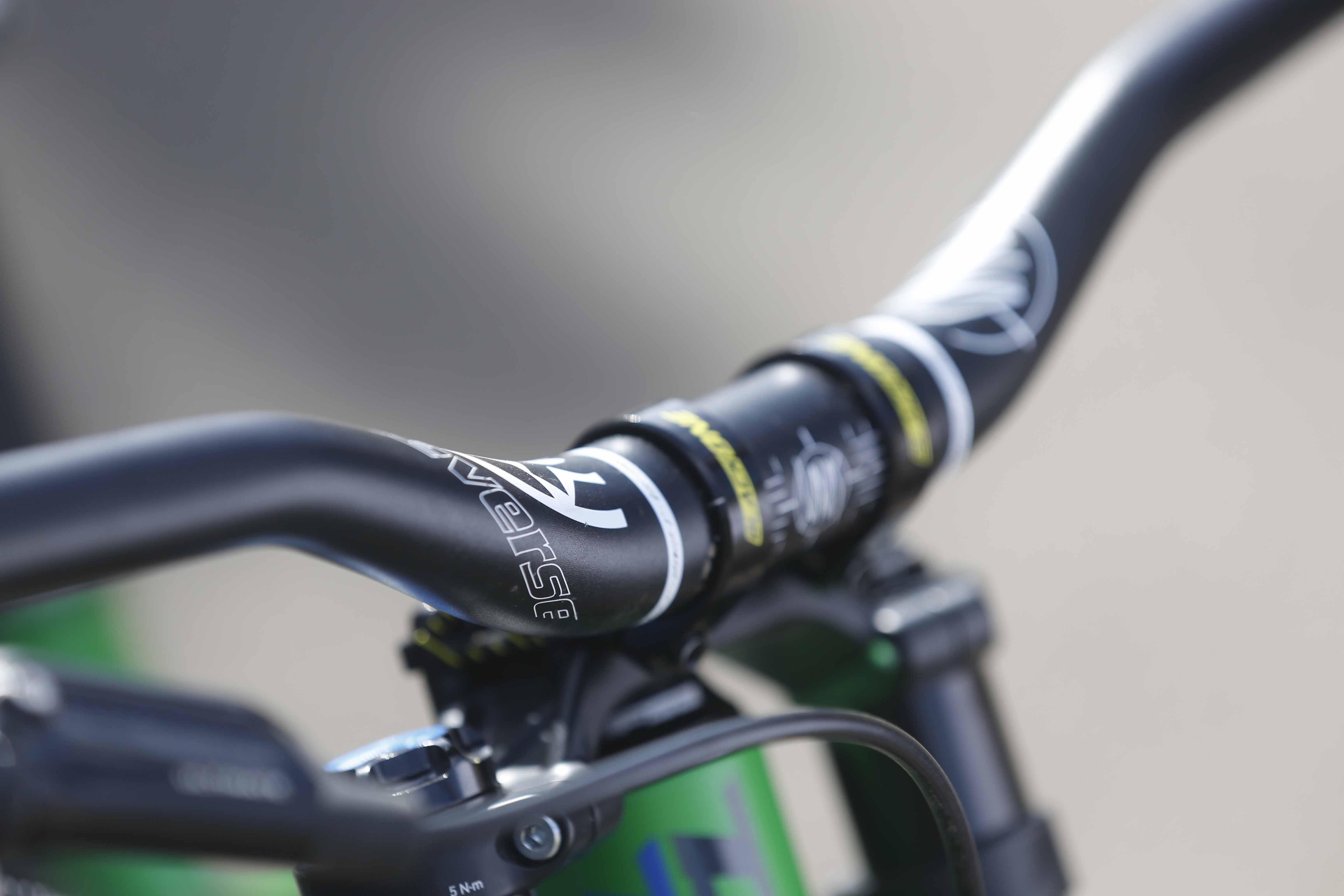 31.8 Reverse Nico Vink Riser Bar, 35mm//810mm Black