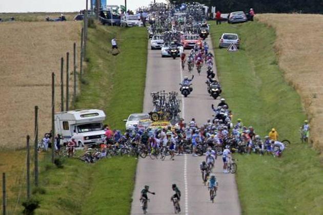 Tour de France crash brutal savage chaos photos photographs 6