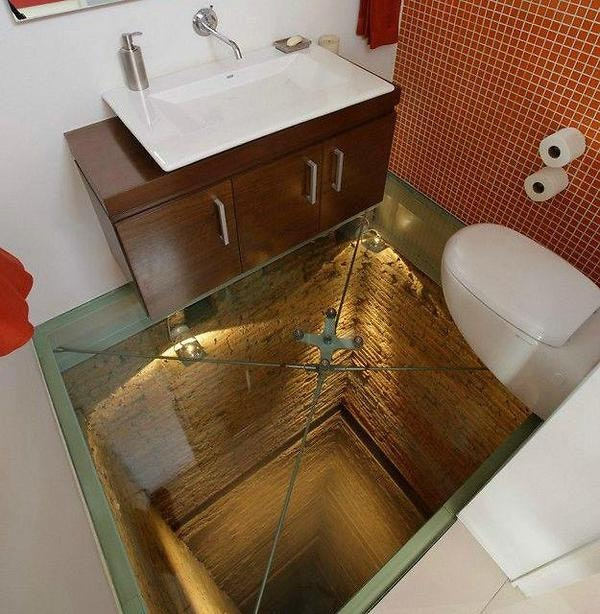 Crazy-Toilet-No-Floor
