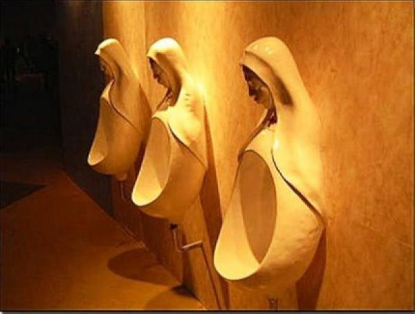 Crazy-Toilet-Customised-Urinal