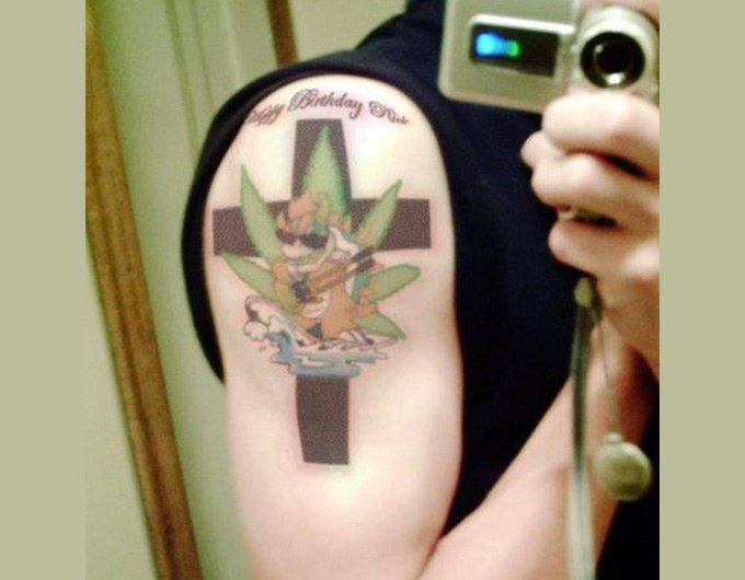 weed-smoking-tattoo