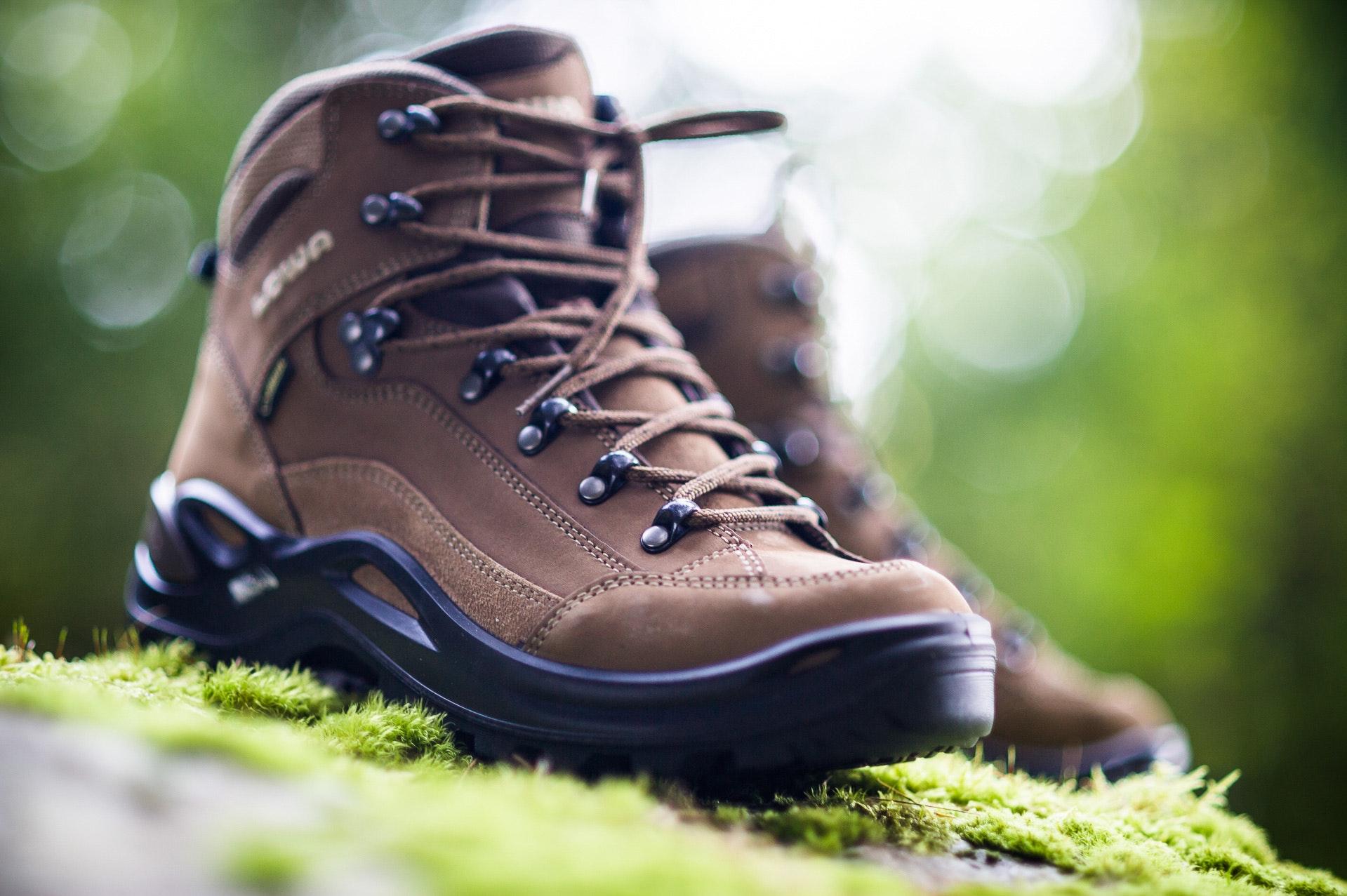 Lowa Renegade GTX Mid Women/'s Walking Boots