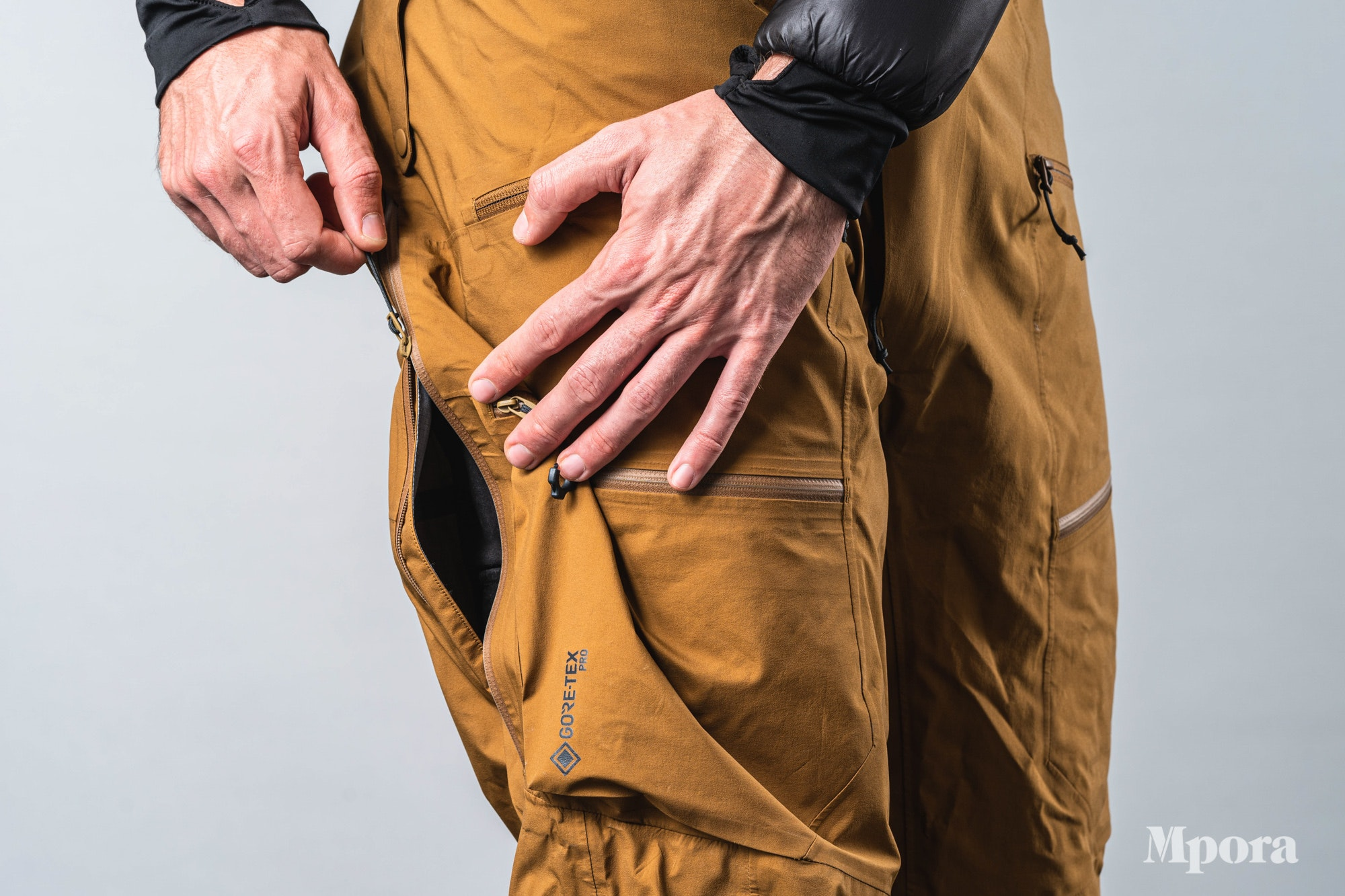 Mountain Hardware The Viv Ski Pants