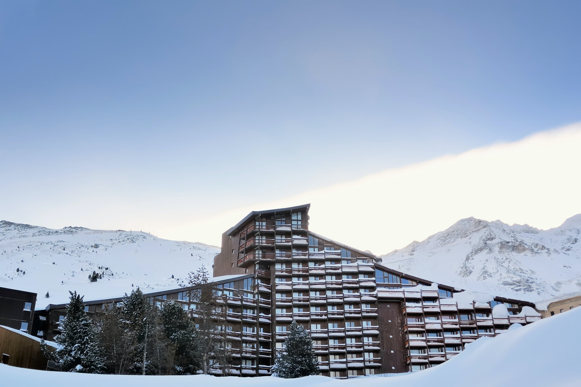 Eco-Travel-Ski-Trip-Les-Arcs