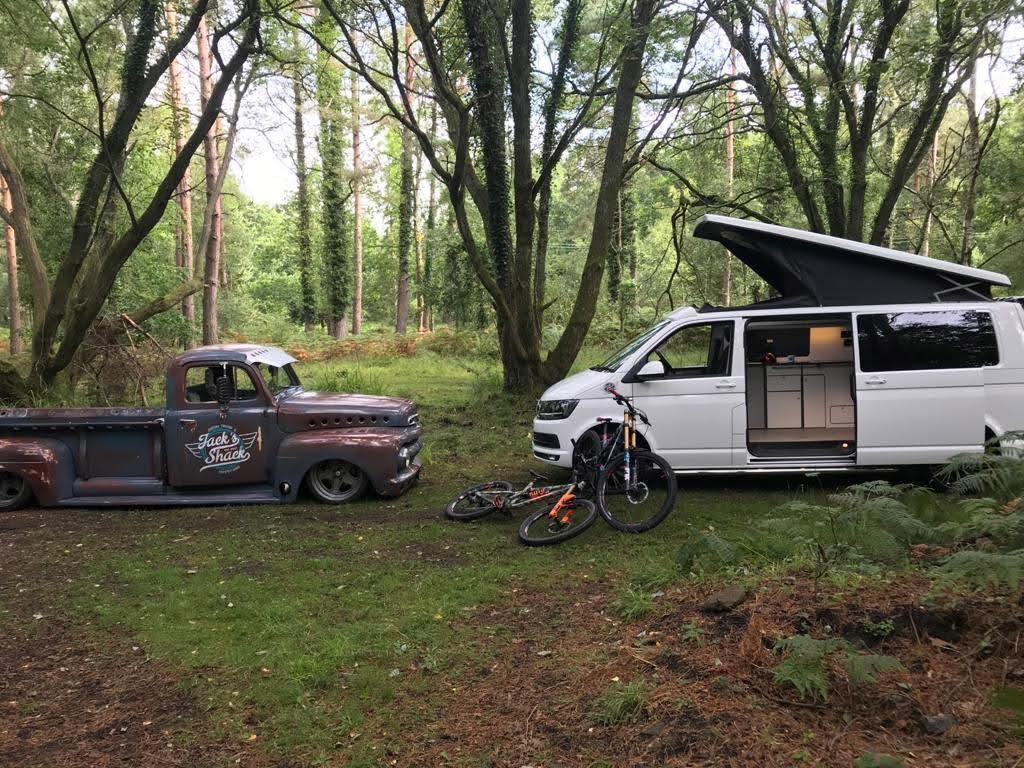 Mountain-Biking-Campervan