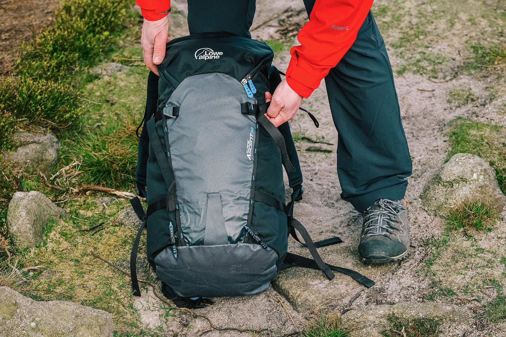 Lowe Alpine Mens Alpine Ascent 32 Backpack Climbing Backpacks