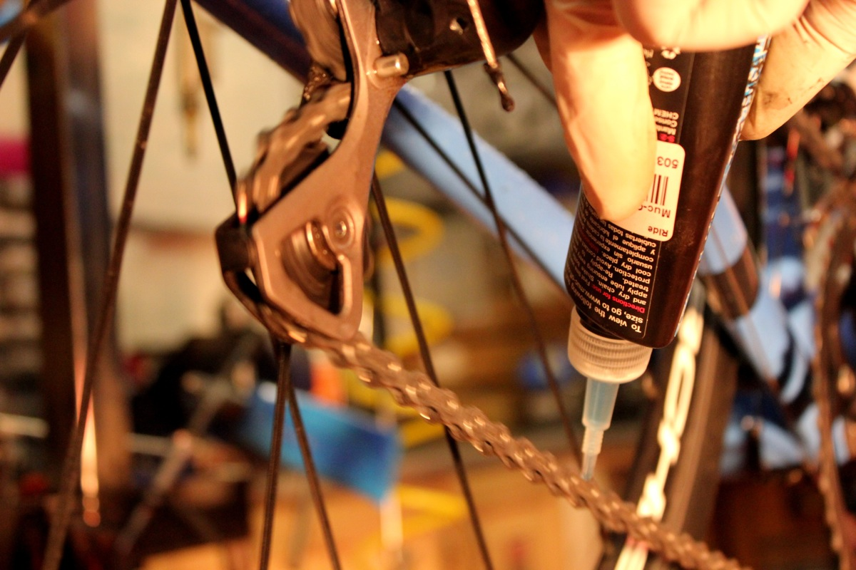 Bicycle chain lube, Ride 2013, Pic: Timothy John, ©Factory Media