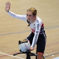 UCI Track Cycling World Cup Manchester - Day 3, Laura Trott, omnium, salute, celebration, Great Britain, Manchester, (pic: Alex Broadway/SWpix)