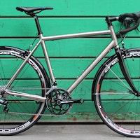 Tifosi CK8 Duro road bike (Pic: George Scott/Factory Media)