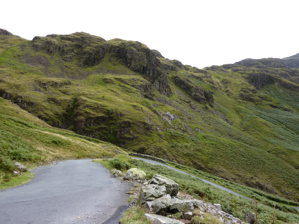 Hardknott Pass, cycling, climb (Pic: shirokazan / Creative Commons)