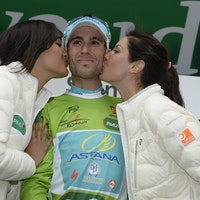 Vincenzo Nibali, Astana, green jersey, podium, Tour de Romandie, 2014, stage one, pic: Sirotti