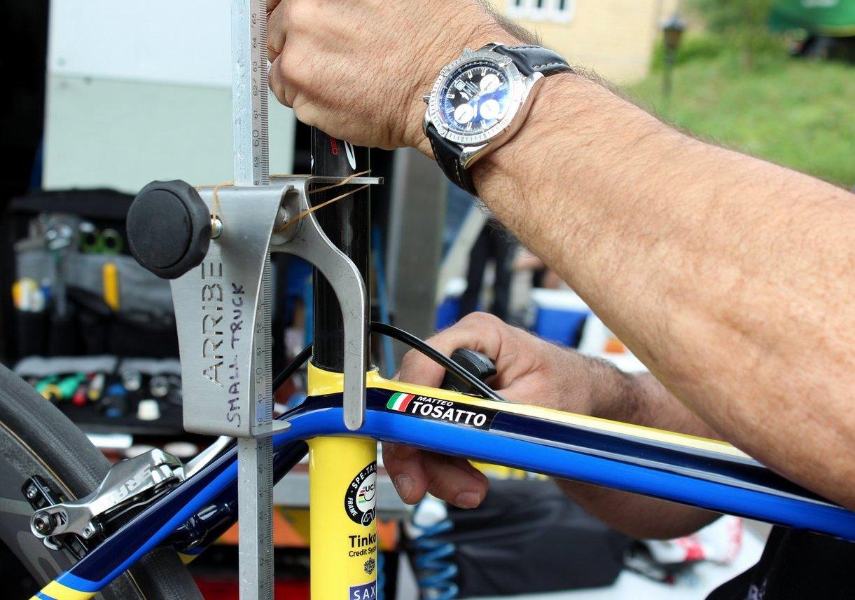 Tour de France 2014, mechanics, Matteo Tosatto, Specialized S-Works Tarmac (Pic: George Scott/Factory Media)