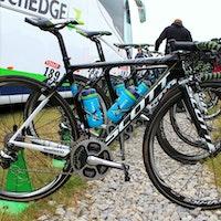Pro bike: Simon Yates