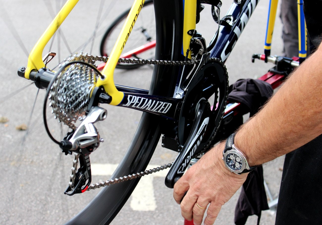 Tour de France 2014, mechanics, Tinkoff-Saxo, Specialized S-Works Tarmac (Pic: George Scott/Factory Media)