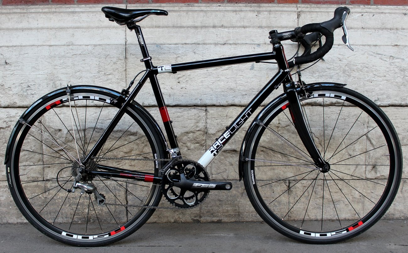Kinesis Racelight T2 winter bike (Pic: George Scott/Factory Media)
