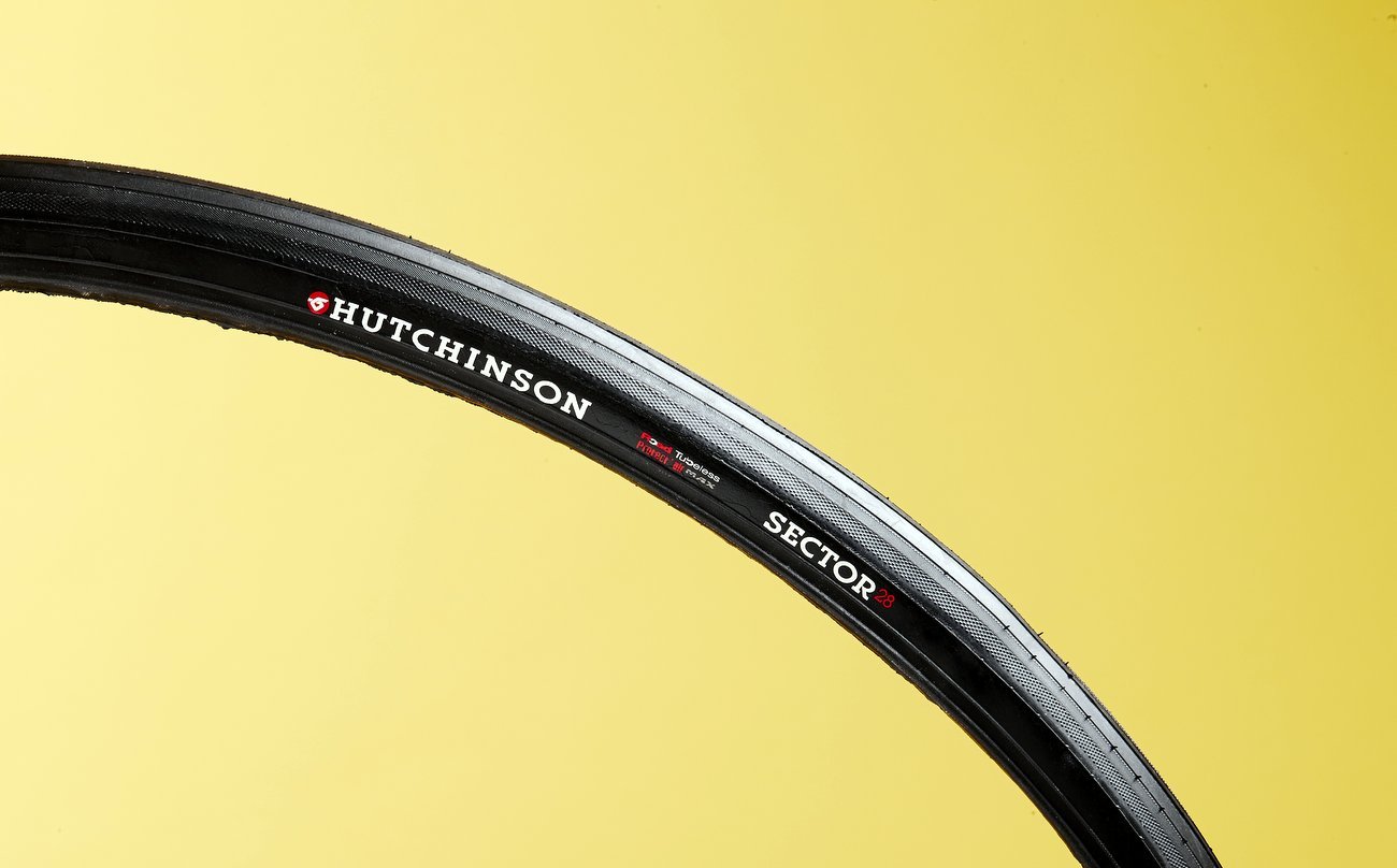 Hutchinson Sector 28 tubeless tyres (Pic: Alex Wright/teneight)