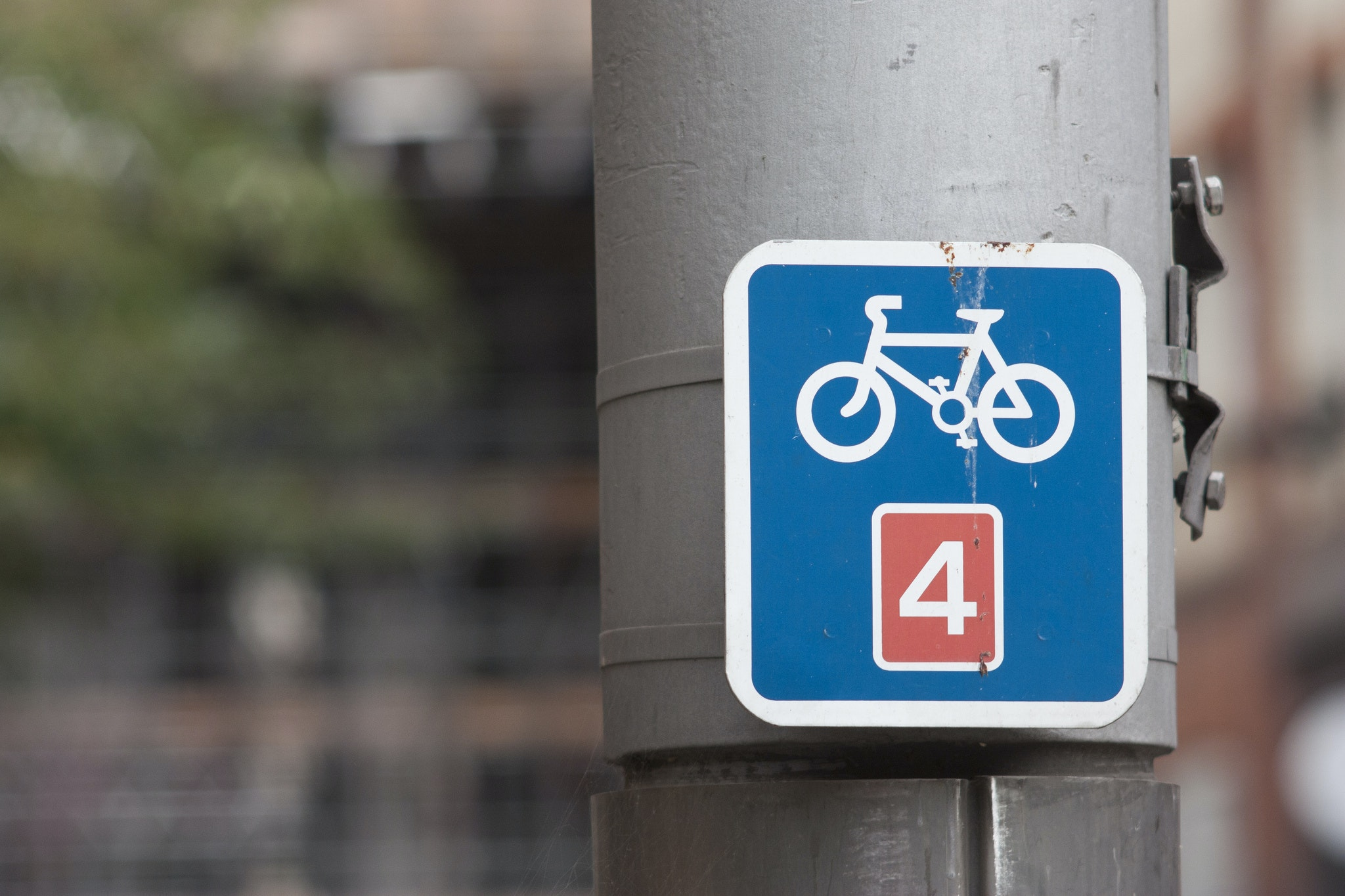 Cycling lane, cycle path, commuting, sign, London (Pic: Dimitri Hon via Flickr Creative Commons)