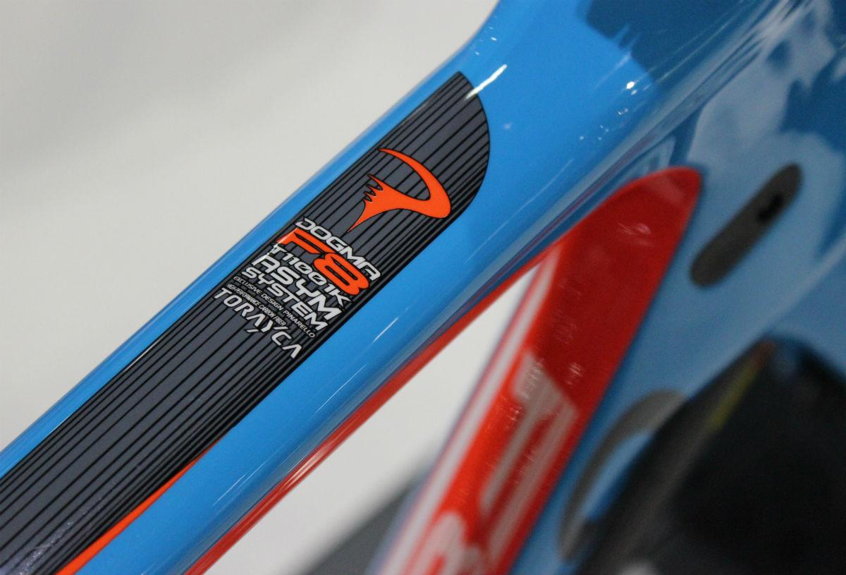 London Bike Show 2015, Pinarello Dogma F8, toptube, carbon fibre