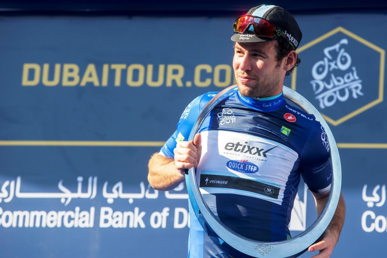 Mark Cavendish, Dubai Tour, blue jersey, podium, Circle of Stars, Etixx-QuickStep, 2015, pic: Claudio Peri/ANSA