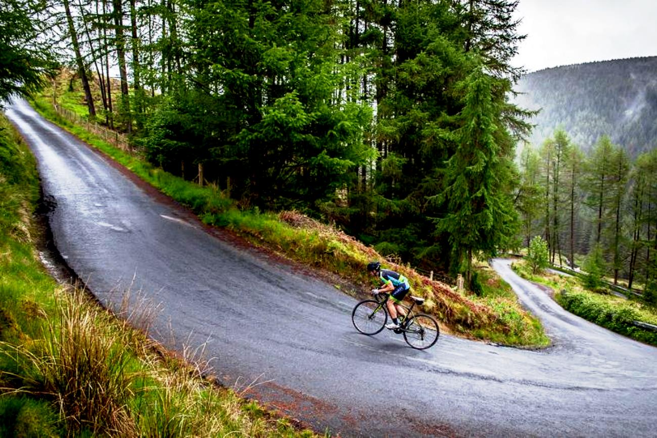 The Monster Sportive, pic: Anthony Pease, climb, steep, wet, gear, threshold