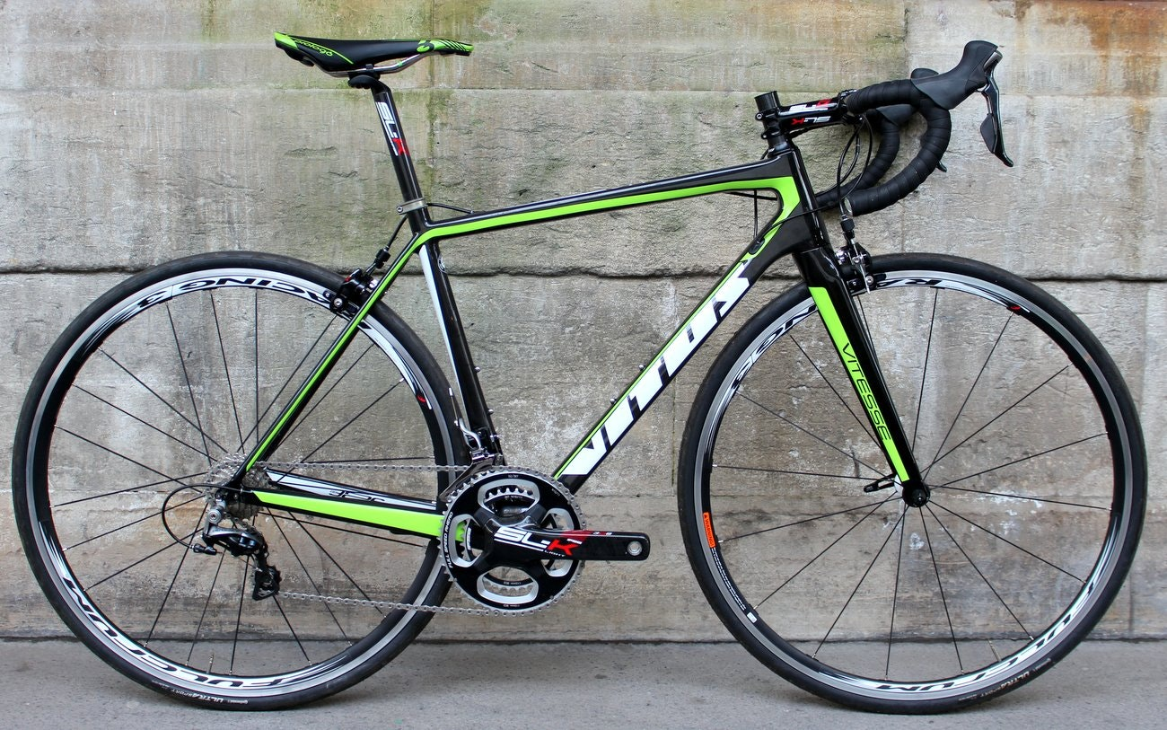 Vitus Vitesse Evo Team road bike (Pic: George Scott/Factory Media)