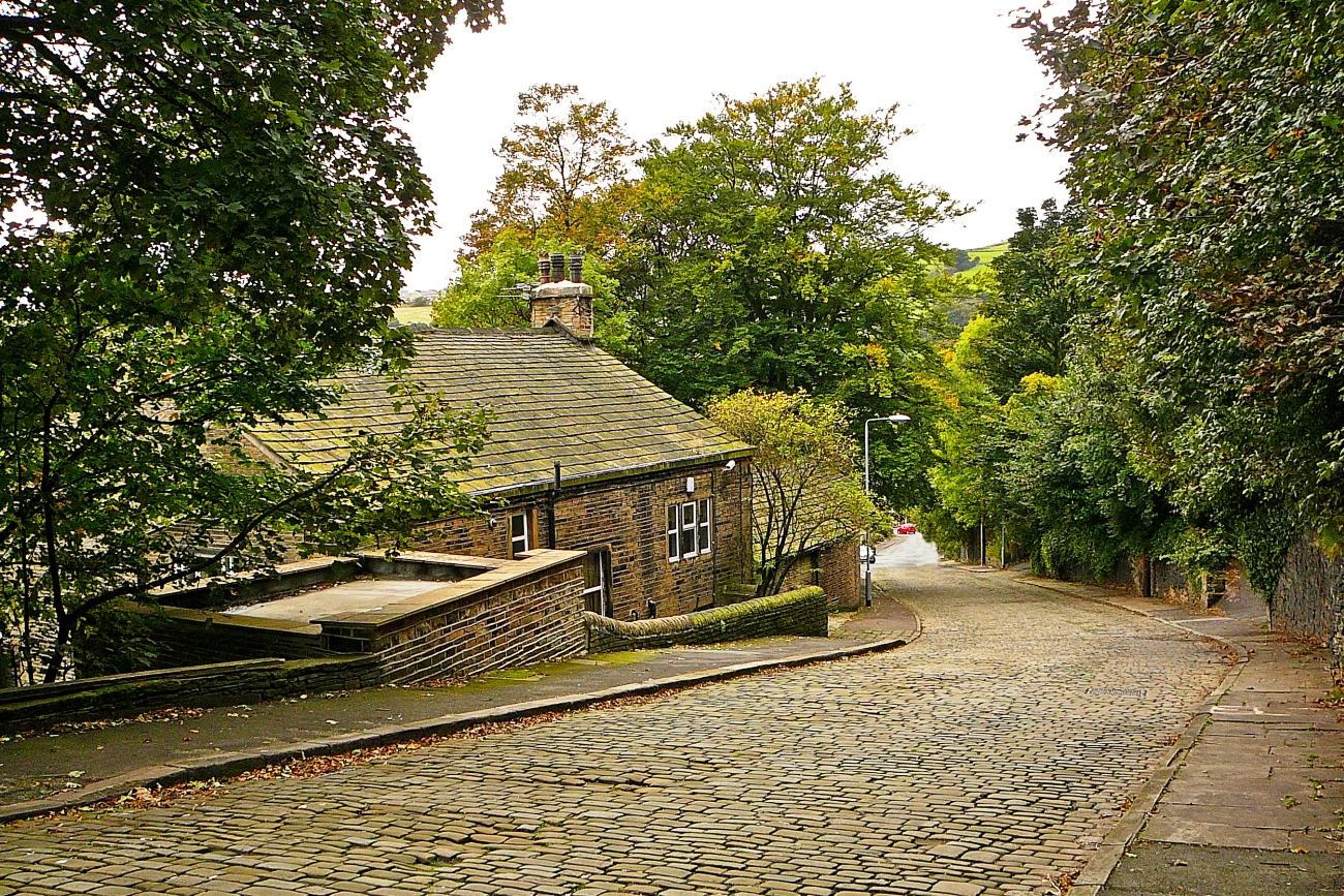 Cobbles, The Hough, Calderdale, pic: Tim Green, via Flickr Creative Commons