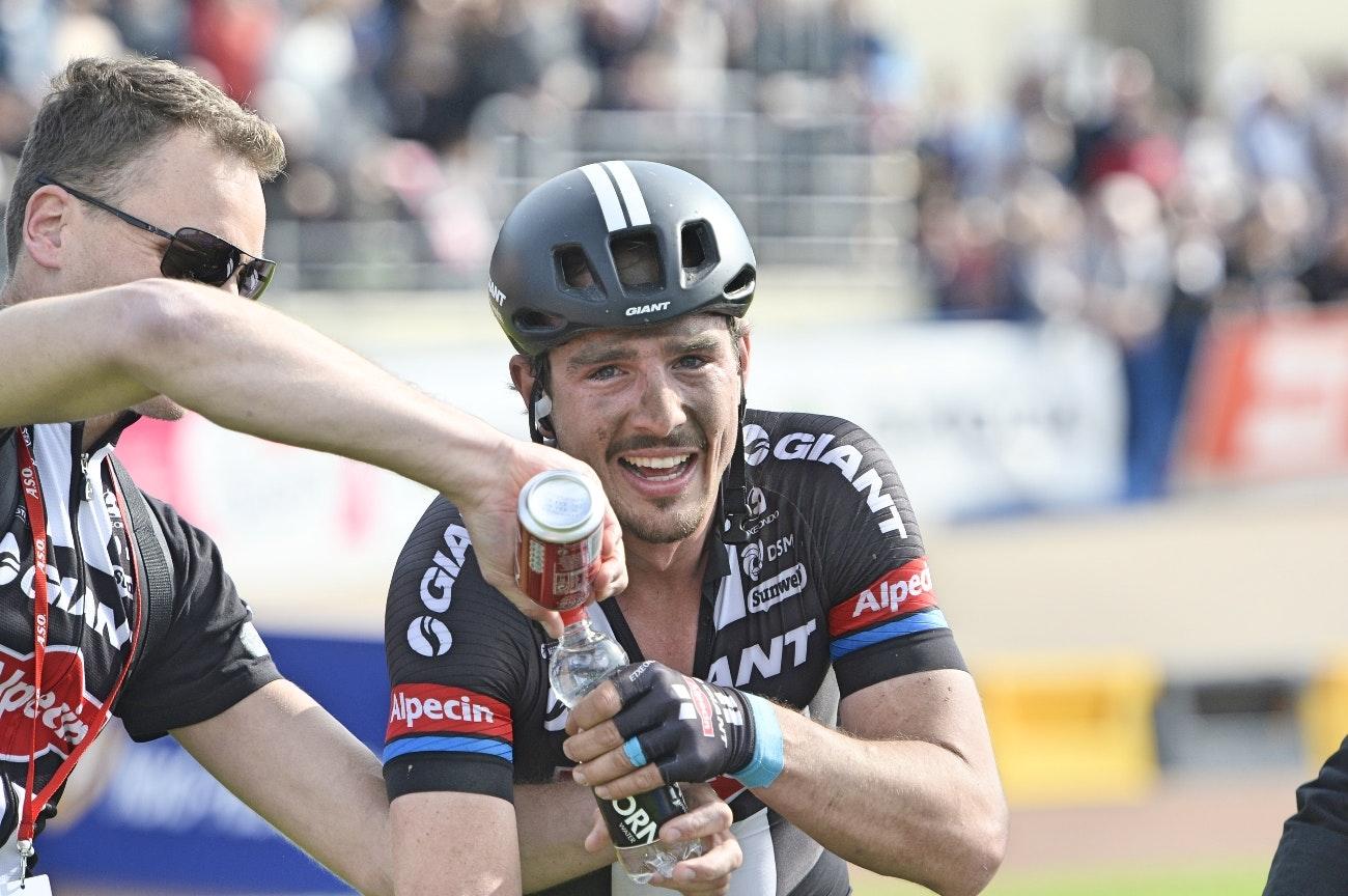 John Degenkolb, Paris-Roubaix, recovery, drink, Giant-Alpecin, pic: Sirotti