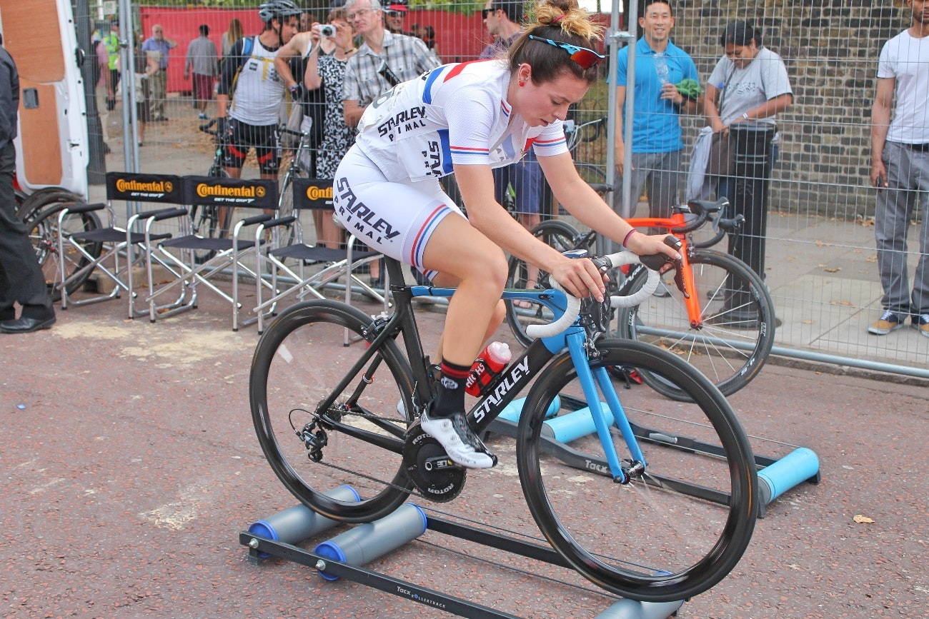 Eileen Roe, RideLondon Grand Prix, 2014, rollers, warm-up, British Champion, pic: Colin Henrys/Factory Media