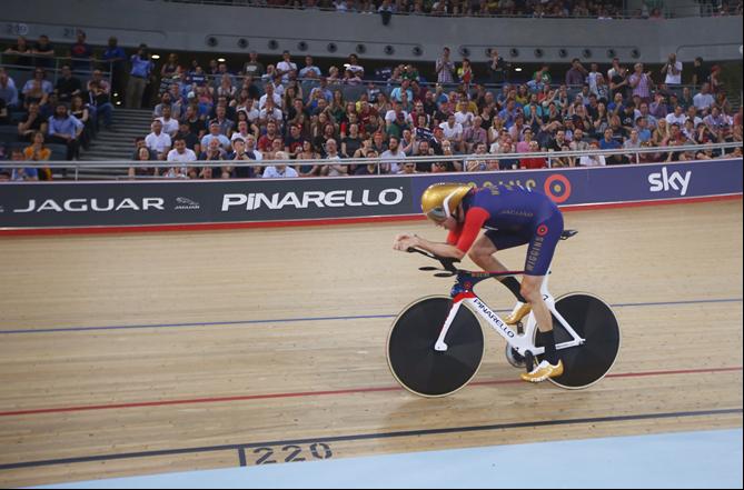Bradley Wiggins, UCI Hour Record (Pic: Jaguar)
