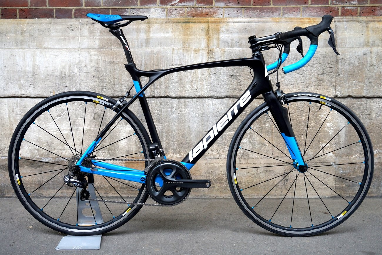 Lapierre Xelius SL 700 road bike (Pic: George Scott/Factory Media)