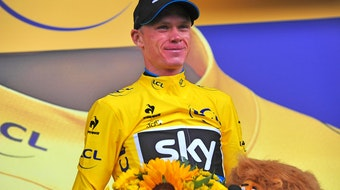 Chris Froome, Team Sky, yellow jersey, podium, Tour de France, stage 12, 2015, pic - Sirotti