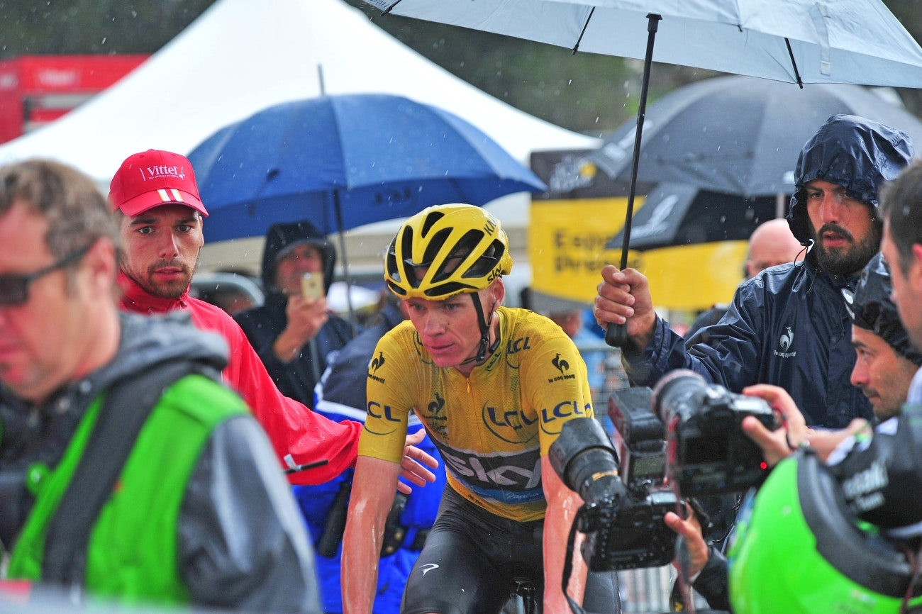 Chris Froome, rain, Tour de France, stage 12, pic - Sirotti