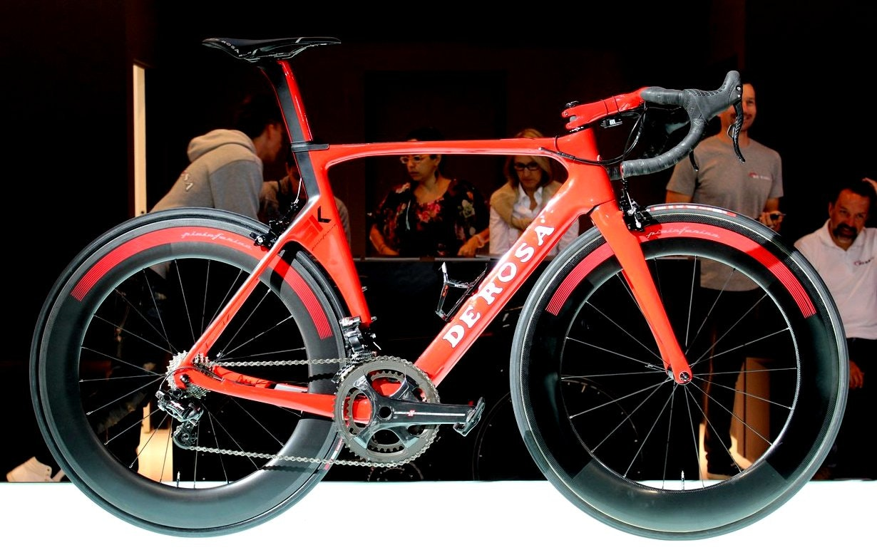 De Rosa SK Pininfarina road bike (Pic: George Scott/Factory Media)