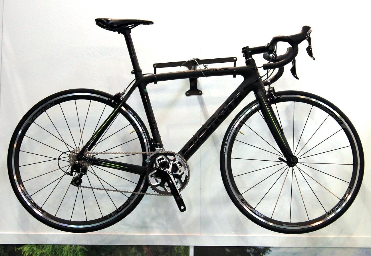 Bianchi 2016 road bikes: Bianchi Sempre Pro road bike (Pic: George Scott/Factory Media)