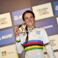 Lizzie Armitstead, rainbow jersey, 2015, pic - Sirotti