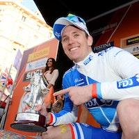 Arnaud Demare, podium, trophy, Milan-San Remo, 2016, pic - Sirotti