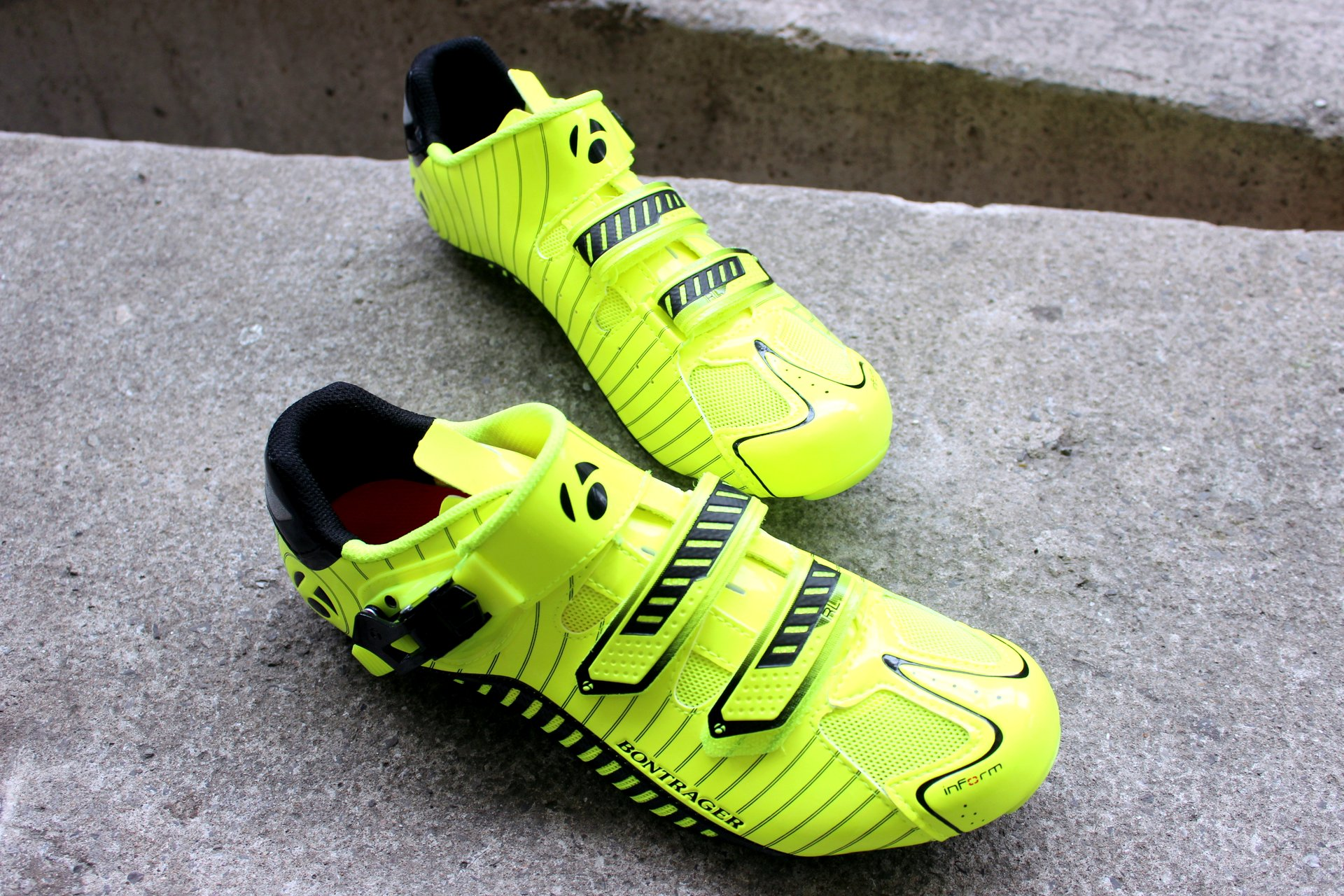 Bontrager RL Road Visibility shoes