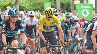 Chris Froome, yellow jersey, Team Sky, peloton, Tour de France, 2016, stage ten, pic - Sirotti
