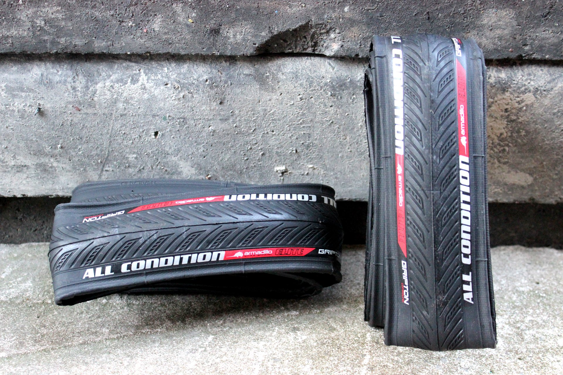 Specialized All Condition Armadillo Elite tyre - rev...