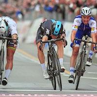 Michal Kwiatkowski, Peter Sagan, Julian Alaphilippe, sprint, Milan-San Remo, 2017, pic - LaPresse-RCS Sport