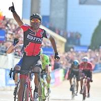 Greg van Avermaet, Paris-Roubaix, 2017, sprint, salute, BMC Racing, pic - ASO