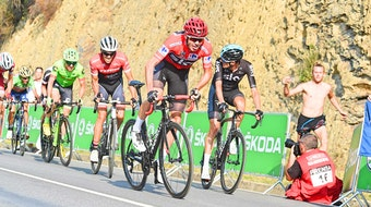 Chris Froome, Vuelta a Espana, 2017, Team Sky, red jersey, attack, pic - Sirotti